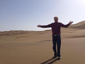 Lars Moberg i Gobiöknen, Xinjiang-provinsen i Kina. Foto: Privat