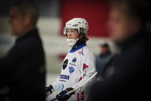Robin Öhrlund var bäst på plan i matchen mellan Vänersborg och Falu BS, enligt Bandypuls reporter.