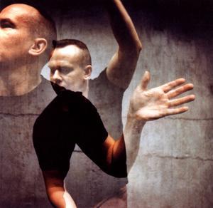 Koreografen Per Jonsson i aktion. Arkivbild