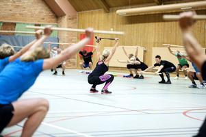 Ulrika Hasselberg Larsson leder gympapassen på SSAB. Här tränar man stationsträning, men det finns också basgympa, funktionell mix och kontorscore.