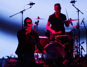 U2 lanserade sin nya skiva på Apples senaste släppfest och den fanns snart automatiskt på alla världens iPhones och gratis på Itunes.