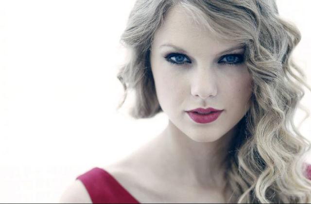 Taylor Swift dating en riktning medlem bra militär dejtingsajt
