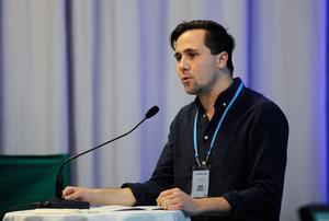 Benjamin Dousa leder Moderata Ungdomsförbundet. Foto: Björn Lindgren / TT
