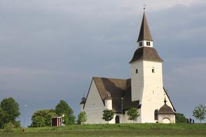 Den 14 september tar trion Lena Lundgren, Camilla Janson-Rönning och Marcus Berglund plats i Sorunda kyrka.