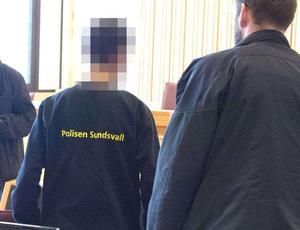 Häktningsförhandling i Ångermanlands tingsrätt för dråpförsöket på Mellanholmen Härnösand. Bild: Håkan Humla