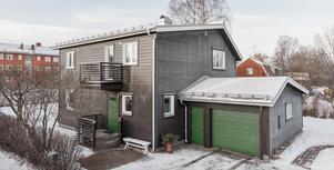 Denna sexrumsvilla i Bergsklagsbyn i Borlänge kommun hamnade på plats nio på Klicktoppen vecka 2, sett till objekt från Dalarna.Foto: Patrik Persson
