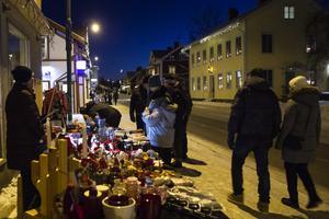 Många tog sig en tur genom Järvsö för att uppleva lördagens julskyltning.