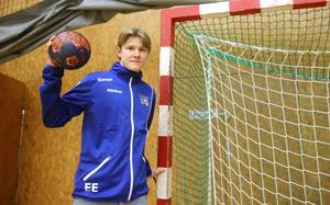 Edwin Enlund är ende spelaren från Avesta Brovallen som har tagits ut i distriktslaget.