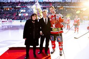Örebro Hockey fick guldklockan 2013, då klubben tagit steget upp i SHL.  Foto: Daniel Patiño Flor