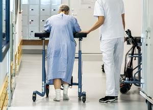 Personalen på medicinavdelning 16 och 17 oroas över att det blir en enda stor avdelning på sikt. Foto: TT arkiv