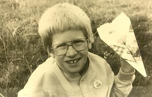 Jonas Levin 9 år segrare i pappersvaletävlingen 1981.