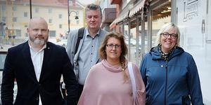 Conny Sjöblom (M), Thomas Näsholm (S), Anna Proos (M) och Malin Svanholm (S). Här är arbetsgruppen som jobbat fram det unika politiska samarbetet i kommunen.