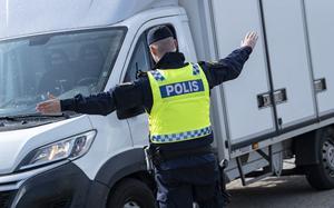 Mannen ska ha kört grovt rattfull på riksväg 70 i Avesta. Foto: Johan Nilsson/TT