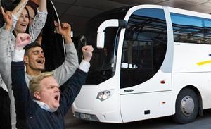 Köpingssupportrarna fyller en buss till mötet med AIK. Foto: Montage