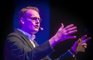 Moderaternas tidigare chefsstrateg Per Schlingmann talade om berättelsen som vapen på årets Guldgala.
