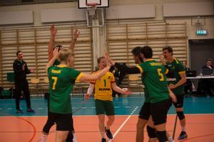 Södertelge tog andra raka segern i volleybollens elitserie när man slog Vingåker med 3-2.