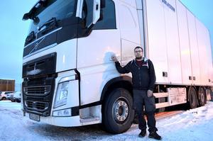 Mattias Söderberg har jobbat som lastbilschaufför i Sundsvall i tio år.