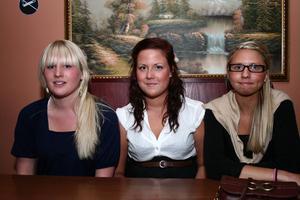 Stugan. Johanna, Sara och Josefin