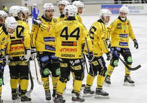 Åtta segrar, en oavgjord och två förluster är  Broberg facit på hemmaplan hittills.