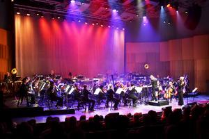 Ane Brun och Gävle symfoniorkester.