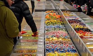 30 ton godis väntade på kunderna på öppningsdagen.