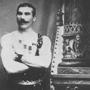 Anders Andersson från Siljansäs, Siljansnäs-Anders kallad, syntes ofta på Möllers salong vridandes hästskor. Vid ett tillfälle slog man han med bara händerna i åttatumsspikar i plåtskodda plankor och lockade alltid bra med folk.