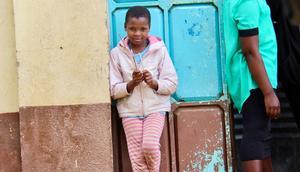Simama Project. Många barn som levde på gatan utnyttjades av soldater för att kunna få ett tryggt ställe att sova på. Här fanns ett barnhem och internat som såg till att barn får ett tryggt hem och undervisning. Foto: Privat