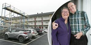 Pensionärerna Janita Runudde och Dan Olsson flyttade i början av juni in på Travarvägen på Odenvallen.