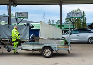Många släpvagnar har rullat in under dagen.