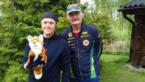 Erik Broman och vinnaren av hemliga priset: Erik-Olof Wiklund.
