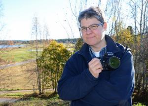 Tältnatten i vildmarken slutade med att frilansfotografen Berit Djuse, från Malungsfors, fick se en varg på nära håll – två gånger. Foto: Anders Mojanis/Arkiv
