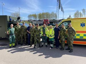 Soldater från Trängregementet och K3 stöttar sjukvården i länet.