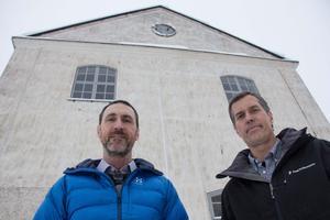 Per Vikström och Peter Sundlöf har känt varandra i drygt 30 år. Länge har de pratat om att starta ett eget bryggeri. När de slutade på sitt tidigare jobb och fick möjlighet att köpa den gamla transformatorstationen i Stjärnsund föll bitarna på plats och till våren kommer man att brygga sina första sorters öl.