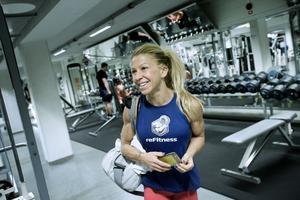 Kicki Nilsson började träna Body fitness för att bli av med sockerberoendet - och slutade som svensk mästare.