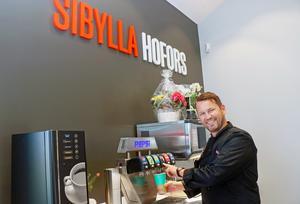 Joakim Carlsson var på plats när Sibyllas 155:e restaurang hade premiäröppet i Hofors.