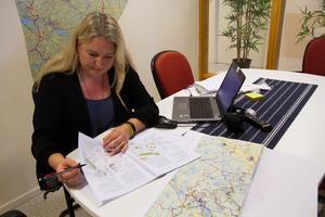 Erika Flygare ha läst igenom By utvecklingsgrupps skrivelse och bilaga och noterat det som kommunen bör ta upp hos kommunfullmäktige.