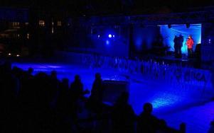 Musik och fyrverkerier inramade invigningstalet vid Vasaloppsmålet.             Foto: Jennie-Lie Kjörnsberg
