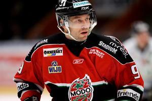 Magnus Wernblom gjorde över 600 matcher för klubben, men har lite kontakt med Modo i dag.