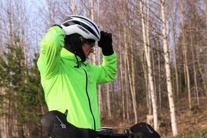 Teuvo Jussi hade cyklat från Söderhamn för att delta i cykeltävlingen i Trönö.