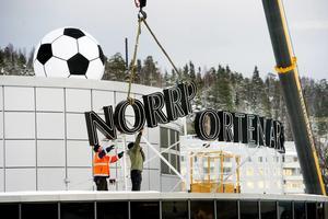 Skyltarna från Norrporten Arena monterades ner i vintras.