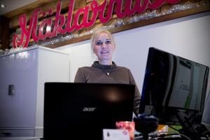 Ester Hemström är överraskad över de nya rekordpriserna i Härnösand.