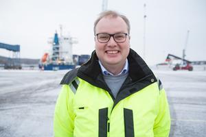 """Robert Tingvall blev vd för Södertälje hamn 2016. Innan var han ekonomi- och finansdirektör i Telgekoncernen. """"Det är ett väldigt direkt ledarskap i det här jobbat"""" säger han."""