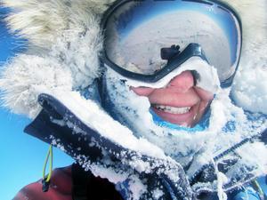 2014 slog Johanna Danielsson världsrekordet för snabbaste kvinnan i världen att för egen kraft ta sig till jordklotets sydligaste punkt. Foto: Självporträtt