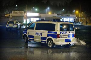 Två personer skadades vid en skottlossning på Vetterstorp i fredags kväll. Under lördagen kunde en av dem lämna sjukhuset. Den personen fick inga skottskador.