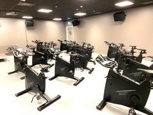 Spinningmaskinerna finns i ett särskilt rum.