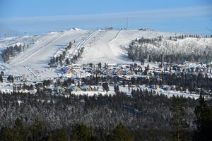 Vinterdag med sol på Idre Fjäll i år, 50 år efter invigningen.