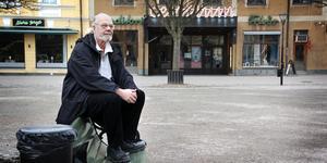 """Runt Stora torget i Sala snurrade raggarna från Västerås med sina amerikanare, så även Anders Westman. """"Enköpings raggare slogs vi med, men Salaraggarna var vi kompisar med"""", säger han. Turligt nog, eftersom han på 1980-talet fick Sala som sin hemstad."""