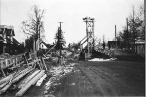 Bygget av en viadukt över järnvägen mot Stockholm hade börjat.