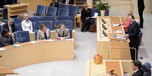 Statsminister Stefan Löfven lästa upp regeringsförklaringen och presenterade ministrarna i den nya regeringen.