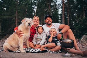 Mikaels Instagramkonto har snart 27 000 följare. Där lägger han mestadels upp olika äventyr som han och familjen gör. Foto: Joakim Norenius